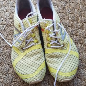 New balance sneakers size 8